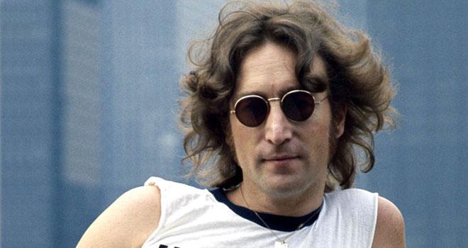 John Lennon'un güneş gözlükleri açık artırmaya çıkıyor